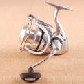 Катушка безынерционная DAIWA Caldia 4000U (2011) (запасная шпуля в комплекте)